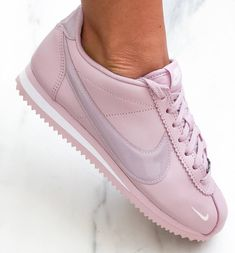 Fashionstuff_villa Welcome's to uh! *nike cortez plum* sizes available only* With nike box pack ❤ Original quality guaranteed Available setwise ❤ COD AVAILABLE 🚛 Whatsapp Nike Cortez Black, Nike Cortez Shoes, Nike Classic Cortez, Women's Shoes, Pink Shoes, Me Too Shoes, Burgundy Sneakers, Pink Sneakers, Sneakers Nike