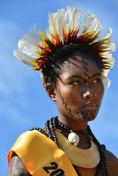 """""""Hiri Moale"""" by Pawel Lipski. Port Moresby's Independence Day dance and fashion competition."""