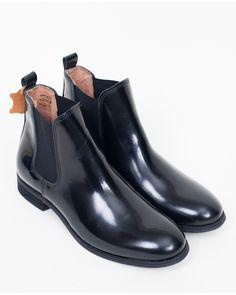 7481e4800f4b5 38 Best chelsea boots images