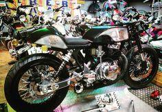 #CB250T #カフェレーサー  #bike #honda #cb250t #cb400t #cb450t #cb250n #cb400n #hawk #hawk2 #ホーク2 #バブ #cb750 #Motorcycle #旧車 #神風 #kamikaze #CafeRacer #BANBAN
