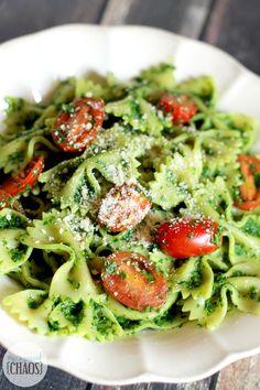 Healthy Kale Pesto Pasta recipe canadian blogger