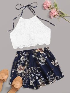 Guipure Lace Scallop Halter Top With Floral Print Shorts Shein ~ guipure lace scallop halfter top mit blumendruck shorts shein ~ top licou en dentelle guipure avec short imprimé floral shein Really Cute Outfits, Cute Lazy Outfits, Teenage Girl Outfits, Crop Top Outfits, Girls Fashion Clothes, Summer Fashion Outfits, Cute Fashion, Outfits For Teens, Pretty Outfits