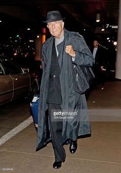 Photo d'actualité : Leonard Cohen is seen at Los Angeles...