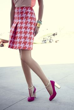 Houndstooth always in style....love the shoes too!