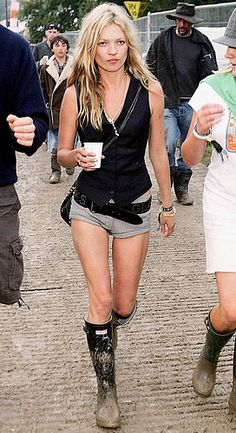 Hunters with bare legs and shorts..love it