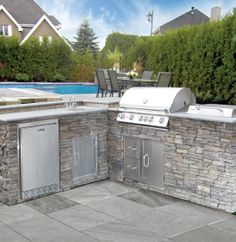 #BetoBloc #EldoradoStone #BBQ #Summer #été #pool #piscine #HomeImprovement #modern #gorgeous #warmth #beautiful #unique #renovation #makeOver #charcoal #Outdoors #Backyard #cour #dehors #pavers