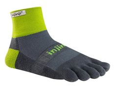 TRAIL 2.0Midweight Mini-Crewprovides the ultimate performance toesock designed and tested in the harsh and unpredictable terrain of trail running. Built to last for endless mileage with Injinji's 5 Toe Fit System™, this toesock provides extra padding under the foot for maximum protection and increased comfort. A doub