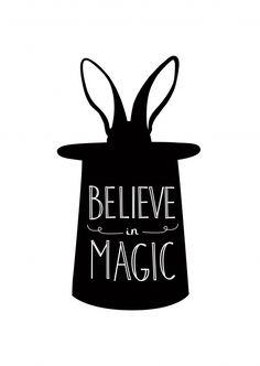 Believe in magic | Typografie | Echte Postkarten online versenden…