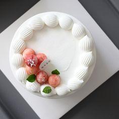 Mini Cakes, Cupcake Cakes, Cupcakes, Cute Desserts, Delicious Desserts, Cake Recipes, Dessert Recipes, Asian Cake, Candy Cakes