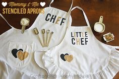 Mommy and Me Stenciled Aprons on www.craftaholicsanonymous.com #aprons #stencil #craft