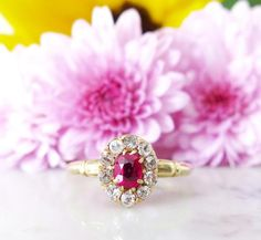 Vintage Ruby & Diamond Ring in Yellow Gold.