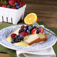 Lemon loaf cake with berries @Patty Price / Patty's Food