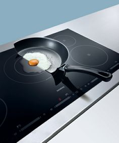 With powerInduction by heat stays where it needs to be. Innovation, Smart Kitchen, Social Media Design, Küchen Design, House Ideas, Appliances, Concept, Cooking, Recipes