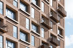 Image 3 of 24 from gallery of Amaryllis House / Tegnestuen LOKAL + Mangor & Nagel. Photograph by Kristian Lildholdt Hansen Concrete Facade, Brick Facade, Brick Architecture, Architecture Details, Arch House, House Drawing, Brick Building, Cool Landscapes, City Buildings