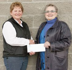 The South Cariboo Health Foundation (SCHF) is the happy recipient of $5,000 from the 100 Mile House Lions Club.