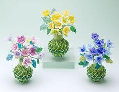 Inspiration : ビーズを編んで作った小花のアレンジメント・1309OB