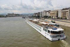 Uniworld River Beatrice River Cruise in Budapest. http://www.tipsfortravellers.com/uniworld-budapest/ @Uniworld Boutique River Cruises @titantraveluk #exploreuniworld #titantraveluk #budapest