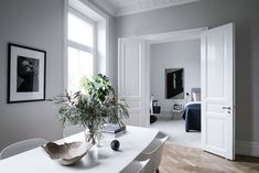 Living Room : Fresh and minimalist home via Coco Lapine Design Living Room Designs, Living Room Decor, Living Spaces, Dining Room, Dining Table, Interior Design Inspiration, Room Inspiration, Interior Ideas, Interior Decorating