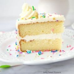 The Best Birthday Cake Icing. This icing recipe is easy to make and delicious! My favorite go-to vanilla buttercream that pairs perfectly with cakes and cupcakes. Birthday Cake Icing, Cool Birthday Cakes, Birthday Ideas, Moist Vanilla Cake, Vanilla Buttercream, Buttercream Frosting, Baking Powder Uses, Brownies, Cake Recipes