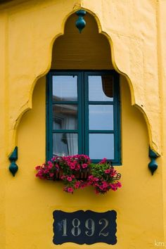 #door + #yellow wall