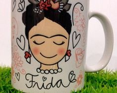 Caneca Frida Kahlo Chalk Pastel Art, Chalk Pastels, Crackpot Café, Painting Glass Jars, Diy And Crafts, Arts And Crafts, Deco Paint, Sharpie Paint, Frida Art