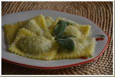 Ravioli alla Ricotta, Zafferano e Bottarga | Cucina Sarda