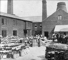 This photo shows the Pearson Pottery in nearby Whittington Moor Chesterfield Derbyshire Chesterfield Derbyshire, Places Of Interest, Local History, Rare Antique, Stoneware, Street View, Pottery, Antiques, Glaze