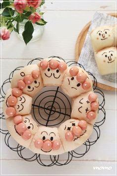 ちぎりパン|アンパンマン Pretty Cakes, Cute Cakes, Cute Desserts, Dessert Recipes, Heritage Recipe, Bread Shaping, Bread Art, Childrens Meals, Kawaii Dessert