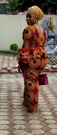 Beautiful traditional Ankara Skirt & Blouse styles are ways to rock African attires. Most especi African Dresses For Women, African Attire, African Wear, African Fashion Dresses, African Women, African Style, Ankara Fashion, African Beauty, African Print Dress Designs