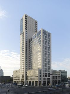 Great Building #office #design #moderndesign #ironageoffice http://www.ironageoffice.com/