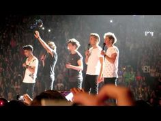 one direction - twitter questions - vancouver 27/7/13 - YouTube