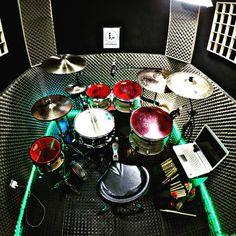 Drums Studio, Drum Sets, Studio Ideas, Guitars, Collection, Instagram, Nice Weekend, Im Done, Musica