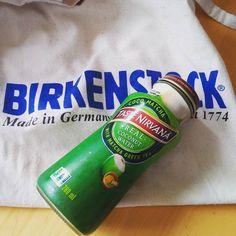 So ihr Möchtegernhipster! Echte #Hipster laufen mit einem Original #Birkenstock #Jutebeutel von den Eltern abgezogen rum und trinken dabei #Kokoswasser   #sohipster