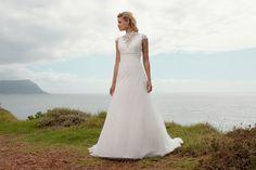 "Brautkleid Sacramento aus der Marylise Brautmoden Kollektion 2015 :: bridal dress from the 2015 Marylise collection ""Les nouvelles femmes"" by Misolas"