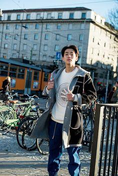 Kdrama Actors, Korean Actors, Pretty Boys, It Cast, Handsome, Coat, Model, Dramas, Collection