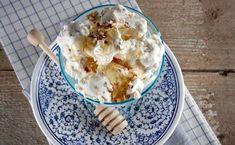 15 λαχταριστά παγωτά από τα χεράκια σου μόνο - www.olivemagazine.gr Ice Cream, Desserts, Food, No Churn Ice Cream, Tailgate Desserts, Deserts, Icecream Craft, Essen, Postres