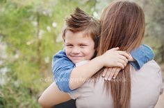 pose ideas for mother son pictures | hug for mama mother/son posing/ideas | elle j. photography                                                                                                                                                                                 Más