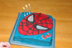 Homemade Spiderman Cake This Spiderman Cake was incredibly easy to make and very effective! It was the first time I had used Royal Icing to make a run-out
