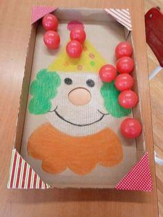 A képen a következők lehetnek: étel Diy Crafts For Kids, Projects For Kids, Fun Crafts, Paper Crafts, Circus Crafts, Carnival Crafts, Top Toddler Toys, Toddler Play, Toddler Fine Motor Activities