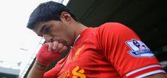 Barcelona Signs Suarez