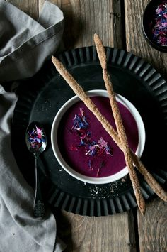 ... red cabbage soup with buckwheat grissini ...