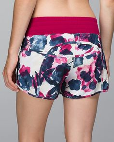lululemon makes technical athletic clothes for yoga, running, working out, and most other sweaty pursuits. Club Outfits, Sport Outfits, Sport Shorts, Gym Shorts Womens, Cute Lazy Outfits, Lululemon Shorts, Womens Fashion Online, Fashion Women, Women's Fashion
