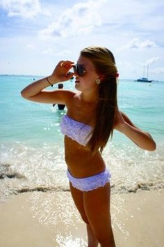 love this swimsuit and I miss summer O:   @Tricia Chesnik Carter THis made me think of you
