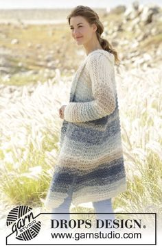 Long knitted DROPS jacket in garter st, worked top down with stripes in 2 strands Melody. Size: S - XXXL. Free knitting pattern by DROPS Design. Knitting Patterns Free, Knit Patterns, Free Knitting, Free Pattern, Drops Design, Pull Crochet, Knit Crochet, Magazine Drops, Point Mousse