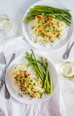 Garlic Parmesan Baked Halibut is easy and tasty! Get the recipe at Port and Fin Halibut Recipes, Cod Recipes, Fish Recipes, Seafood Recipes, Cooking Recipes, Healthy Recipes, Recipies, Dinner Recipes, Clean Recipes