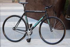 #Bianchi #PistaConcept 2003 #bicycle #fixedgear #bikeporn #saadl