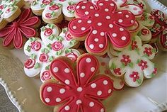 Flower Cookies  These remind me of Mary Englebreit