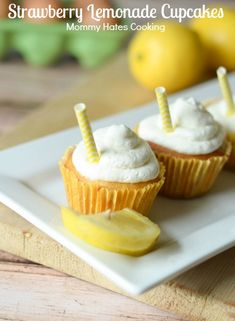 Strawberry Lemonade Cupcakes #GreatDay #ad