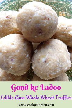 Atte aur Gond ke ladoo is a traditional winter delicacy which is very healthy and provides the body with the required amount of needed calories. . #Ladoo #wholewheat #gondladoo #edibletruffles #winterfood #winterrecipe #healthyrecipe #winterspecial #wholewheat #wholewheattruffles #delicious #sweet #desisweet #desirecipe #northIndianfood #northindianrecipe Vegetarian Breakfast, Vegetarian Recipes, Healthy Recipes, North Indian Recipes, Indian Food Recipes, Types Of Desserts, Easy Desserts, Breakfast Ideas, Breakfast Recipes