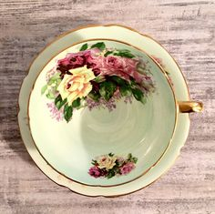Vintage Tea cup in Mint Green with lovely yellow and pink roses by Stanley Fine Bone China #StanleyFineBoneChina #StanleyTeacup #Vintage #VintageTeacup #mint #teacup #teacupandsaucer #prettyteacup #etsyshop
